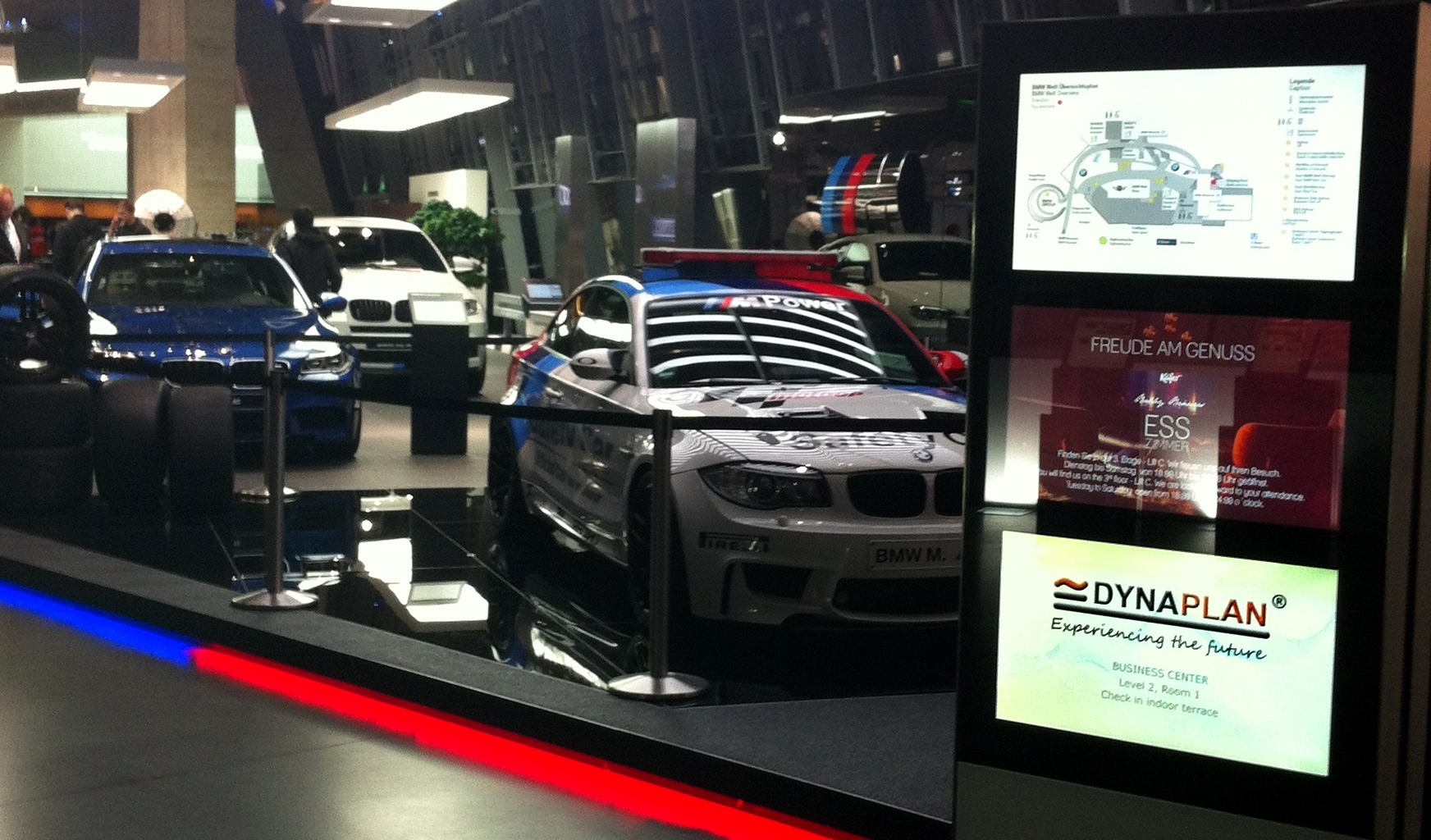 Dynaplan_BMW-World_2013.jpg